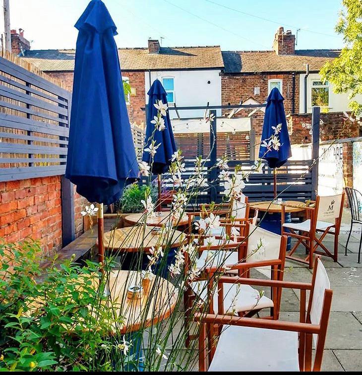 Why Eating Alfresco Is The Future Of Dining